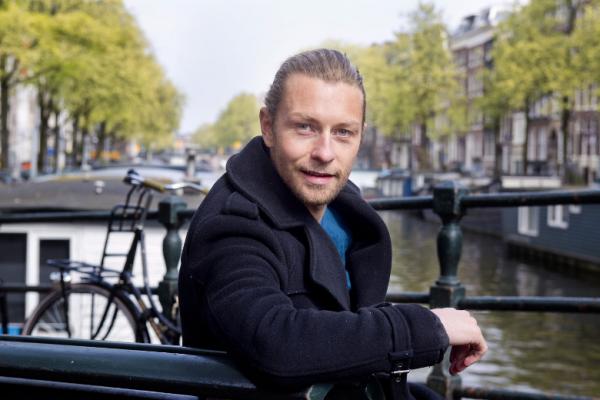 """Aart Van Veller: """"niet Beleren, Maar Verleiden!"""""""