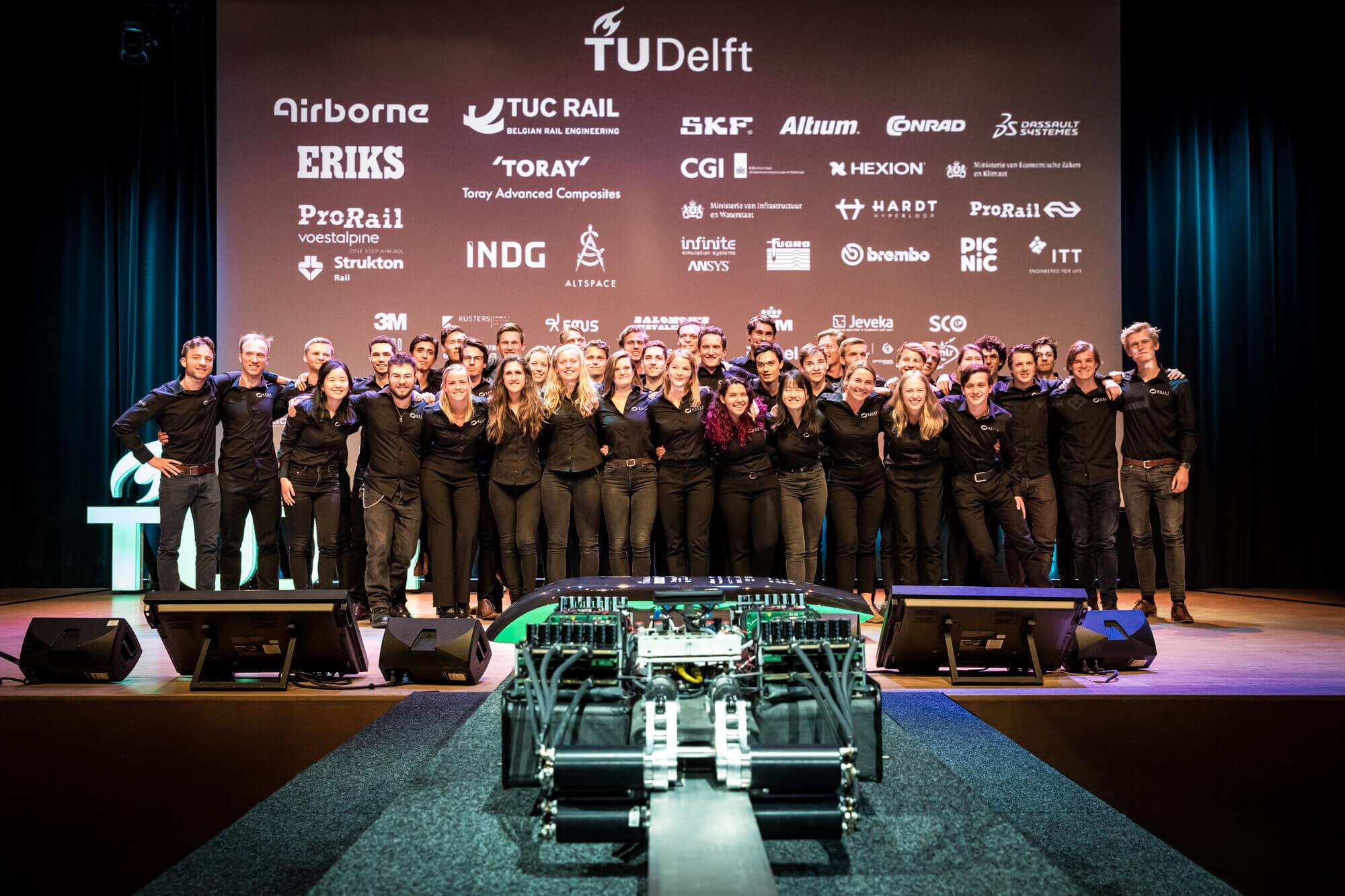 Delfts Studententeam Bouwt Aan Het Transport Van De Toekomst: De Hyperloop