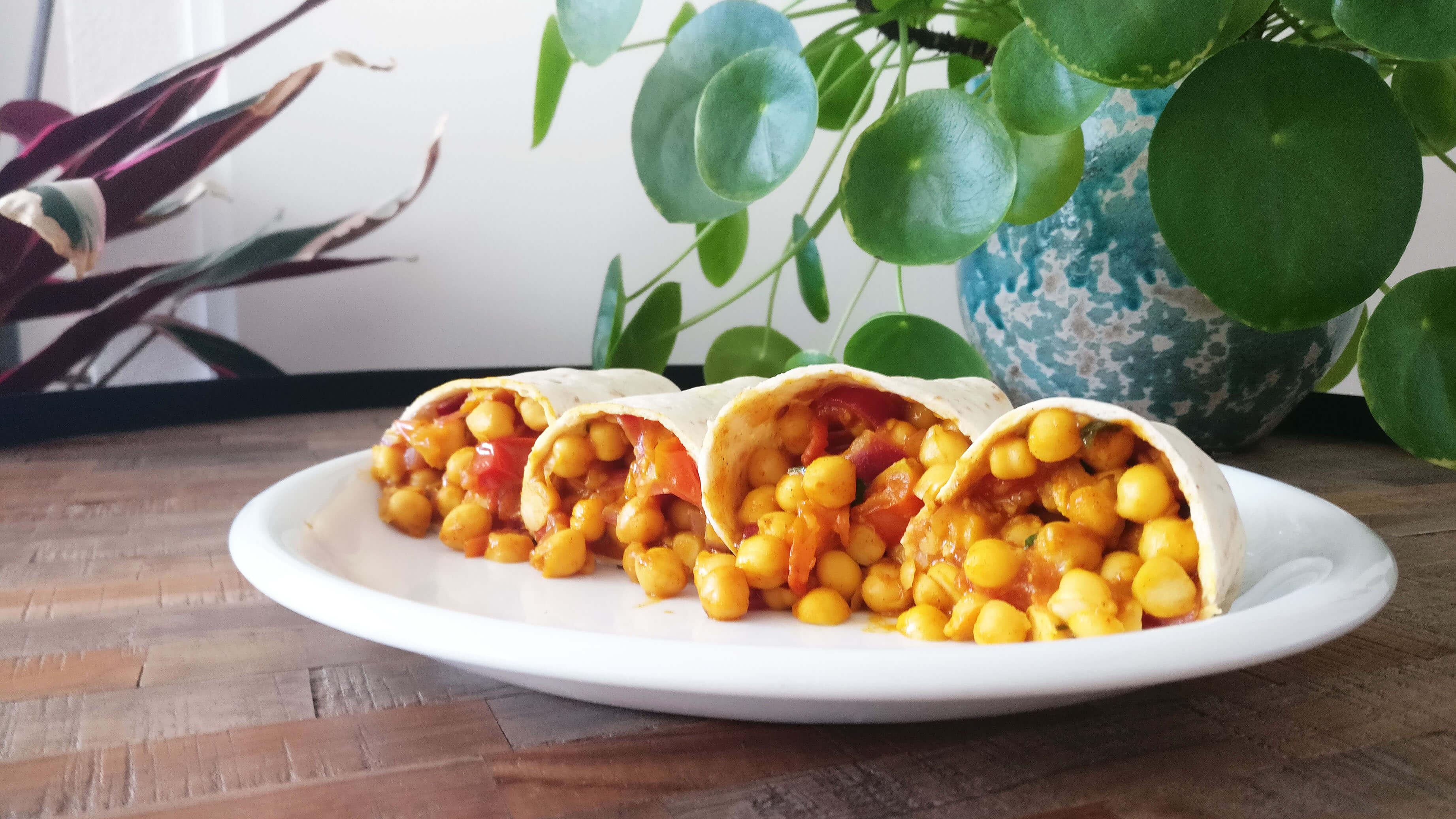 De Studentenkeuken #2 – Curry Kikkererwten Wraps Om Je Vingers Bij Af Te Likken
